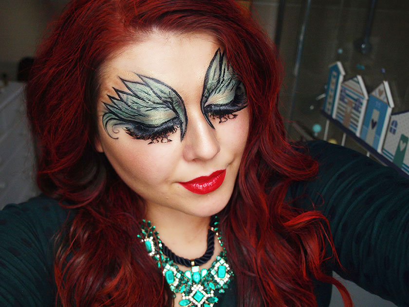 poison ivy hair style the black pearl uk fashion and lifestyle 2354 | poison ivy makeup look