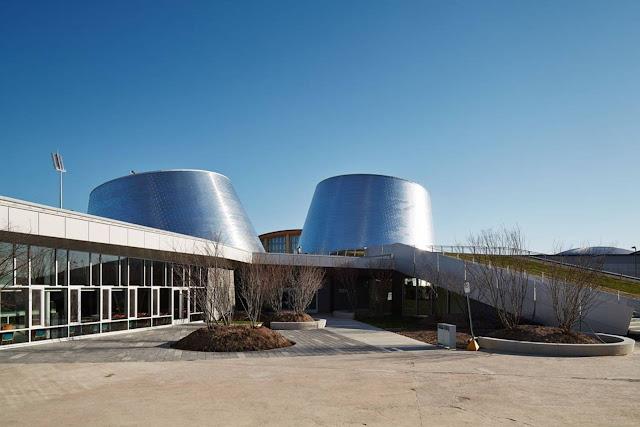 03-Rio-Tinto-Alcan-Planetarium-by-Cardin-Ramirez-Julien