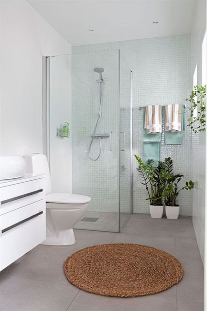 Bathtub or Shower Advantages And Disadvantages of Each 6