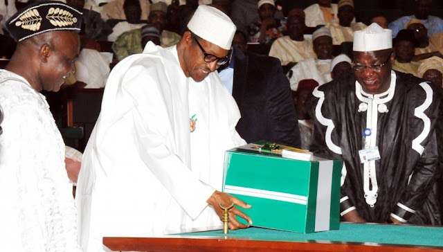 Buhari fails to keep promise to release details of looters, recovered assets