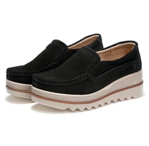 Womens Breathable Suede Round Toe Slip On Platform Shoes-Price:$43.00