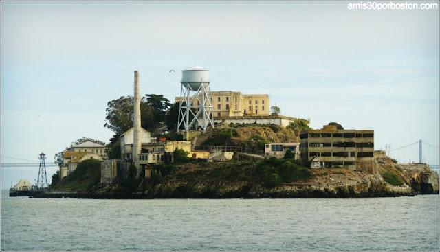 Isla de Alcatraz desde el Ferry