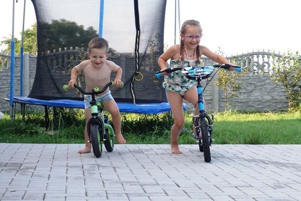 Wyścigi dzieci - rowerek biego i hulajnoga extreme milly mally z mimulo.pl opinie
