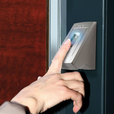 sensor sidik jari fingerprint di kantor