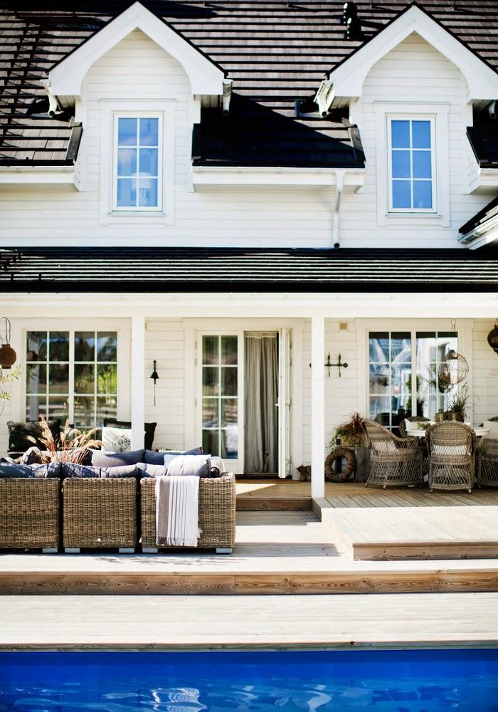 Decor Inspiration | A Farmhouse New England Style with Thai Touch ...