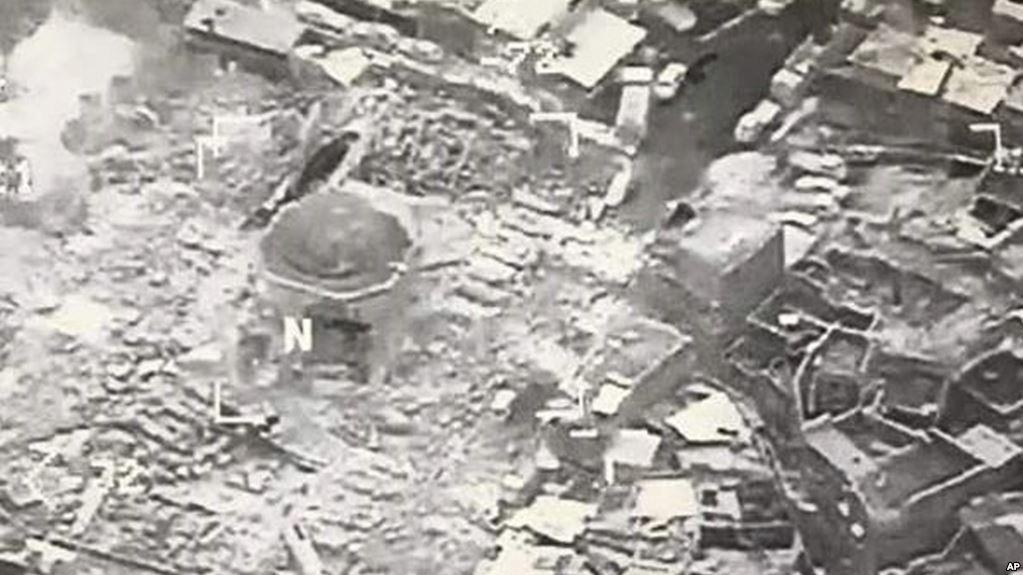 Mezquita  de Nuri destruida en el último bombardeo desarrollado en Mosul