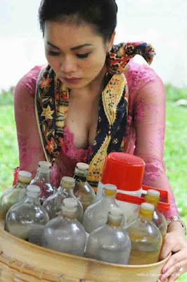 alya tiara pamer susu penjual jamu ini di hujat netizen