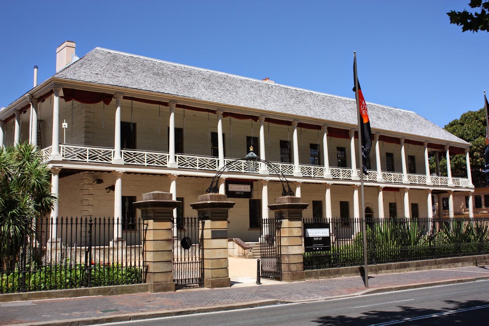 Cafe Near Museum Of Sydney