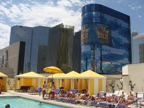 Unser Aufenthalt im Planet Hollywood in Las Vegas inklusive Pool auf dem Dach!