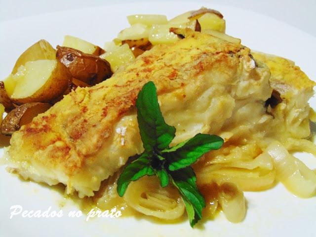 Bacalhau assado bo forno com farinha de milho