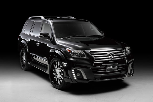 2016 Lexus LX 570 Engine and Fuel Economy