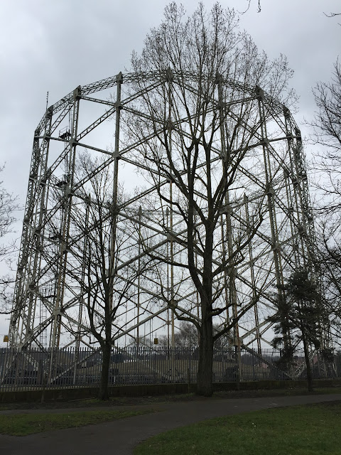 Albert Road gas holder, Barnet, London