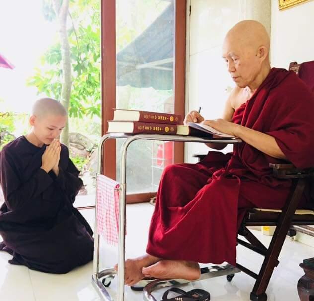 Khẩu Nghiệp: Tu lời nói Chánh ngữ -  mùa hạ thứ 2 ở rừng Thiền | Tu nữ Tịnh Tín