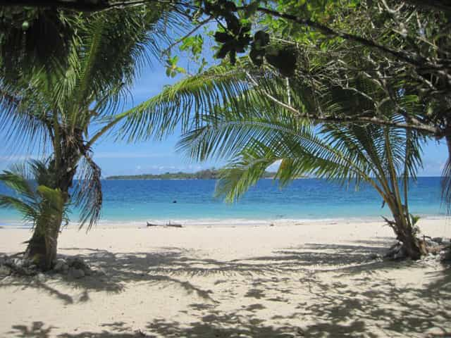 Pandan Island White Beach