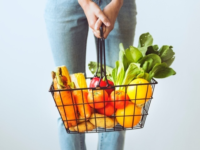How to Maintain a healthy diet plan - Ways to Take up a Healthy Lifestyle