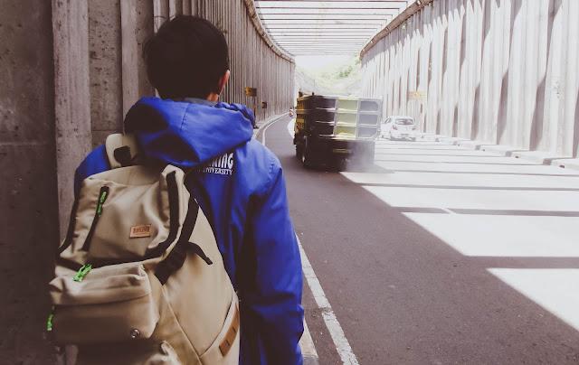 10 Alasan Mengapa Kalian Harus Pernah Backpackeran Sendiri !