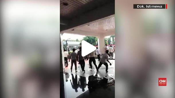 15 Orang Kelompok Radikal Penyerang Kantor Kemendagri Ditangkap Polisi