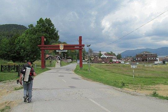 Wejście do centrum wioski.