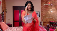 Jigyasa Singh from Thapki Pyaar Ki in Orange Transparent Saree (9).jpg