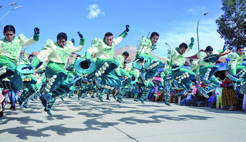 Fraternidades de Cochabamba, Oruro y Potosí estarán en el Carnaval de Invierno 2016