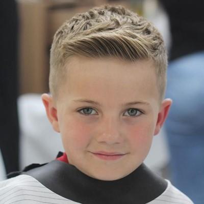 Model Rambut Anak Laki Laki Keren Tahun Jaman Sekarang - Hairstyle cowok jaman sekarang