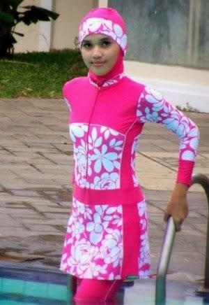 Baju renang muslim wanita remaja