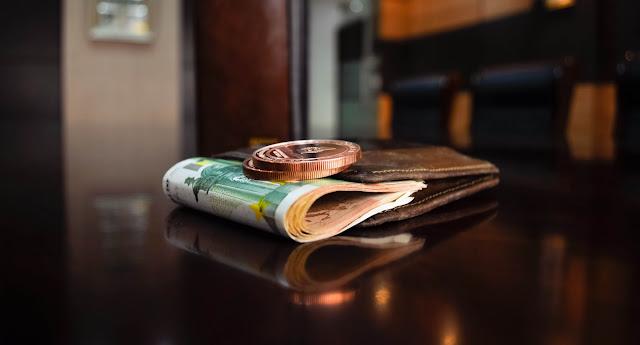 كيف تنظم حياتك المالية لتربح أكثر وتدخر