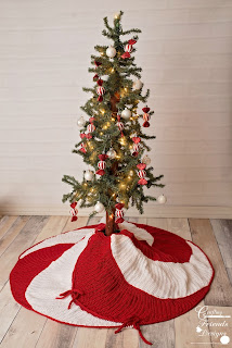 Peppermint Swirl Christmas Tree Skirt