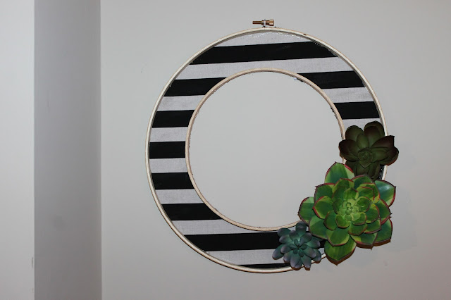 Modern Striped Succulent Wreath, modern wreath, DIY wreath