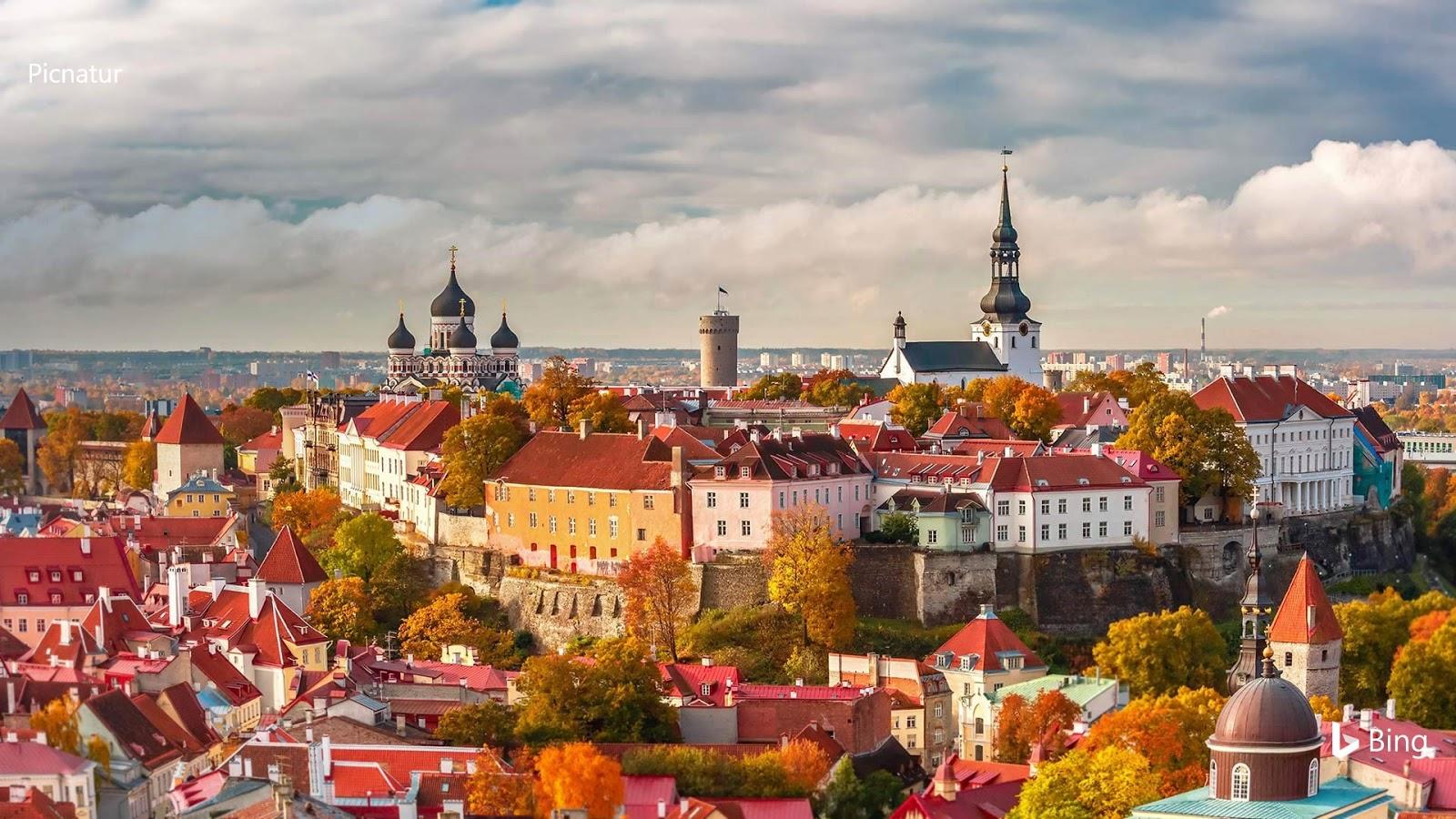 Old Town of Tallinn, Estonia © Kavalenkava Volha/Alamy