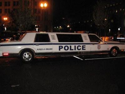 mobil polisi