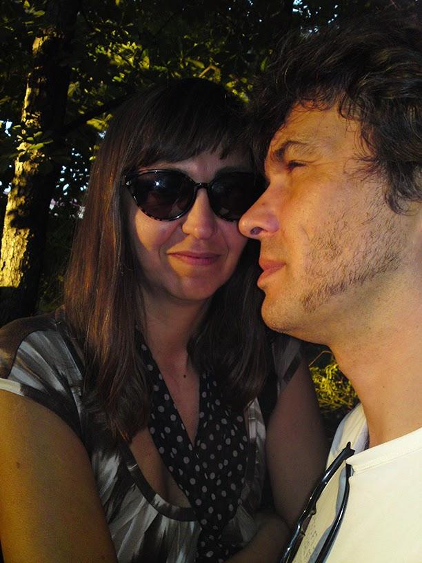 ладони виден георгий каспарян с женой фото самые интересные обсуждаемые