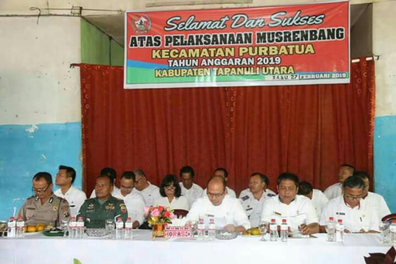 Bupati Taput Nikson Nababan pimpin Musrenbang di Kecamatan Purbatua.