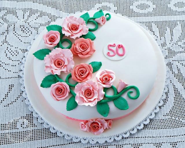 Torta Di Rose In Pasta Di Zucchero Italians Do Eat Better