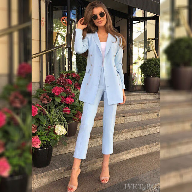 Γυναικείο γαλάζιο κοστούμι ABRIELE - Σακάκι και παντελόνι
