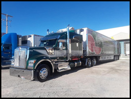 Eagle Eye Produce Kenworth W990