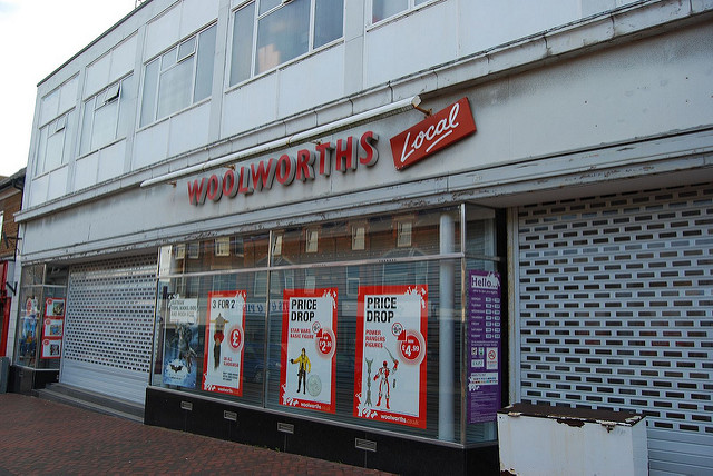 b1bae9de143c ... a range of shops which were on the High Street at that time, but have  since disappeared from our High Street. They include Woolworths, Freeman  Hardy and ...