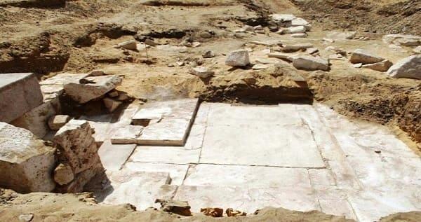 وزارة الآثار : اكتشاف هرم جديد فى رشيد عمره 3700 عام