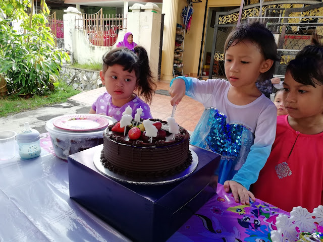KEK 5TH BIRTHDAY DHIA BATRISYA, CHOCOLATE FUDGE GRAND BLUEWAVE HOTEL SHAH ALAM