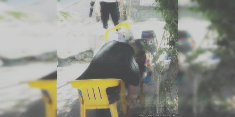 Ejecutan a dos en puesto de garnachas en Celaya