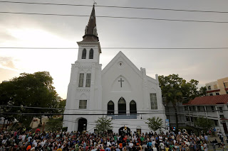 https://www.washingtonpost.com/news/post-nation/wp/2015/06/19/i-forgive-you-relatives-of-charleston-church-victims-address-dylann-roof/