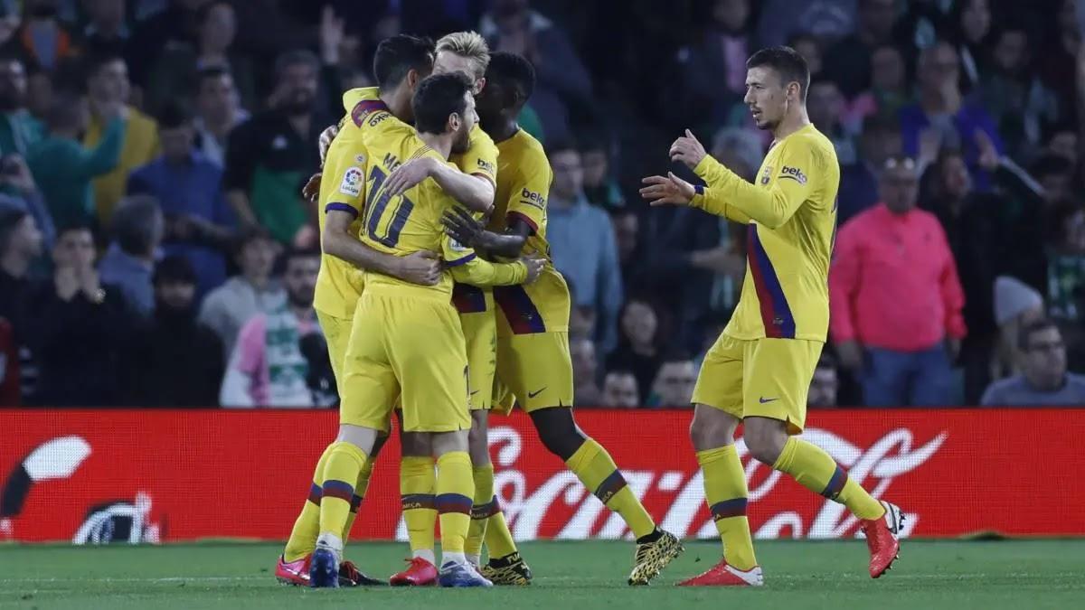 Le Barça s'impose au Betis et maintient le mano a mano