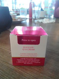 Kemasan Hakubi Q10 Cream ukuran 35 gram
