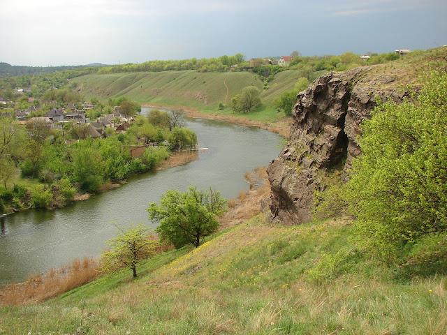 Вид на реку Ингулец с высокого берега