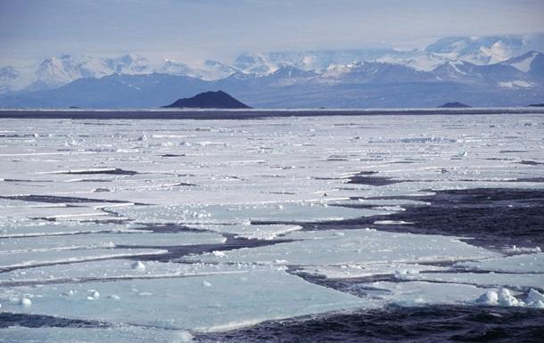 Лід на полюсах рекордно тане. Причини і наслідки