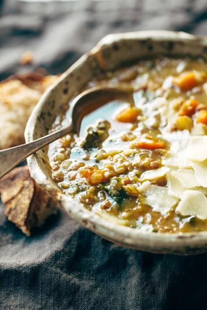 The Best Detox Crokpot Lentil Soup