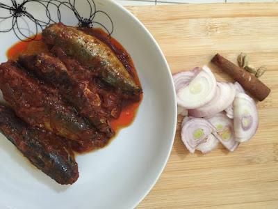 Resepi Ikan Sardin Masak Kicap Noxxa