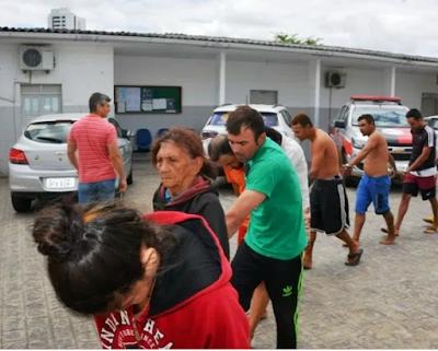 Em Juazeirinho, idosa de 77 anos é presa por comandar tráfico de drogas