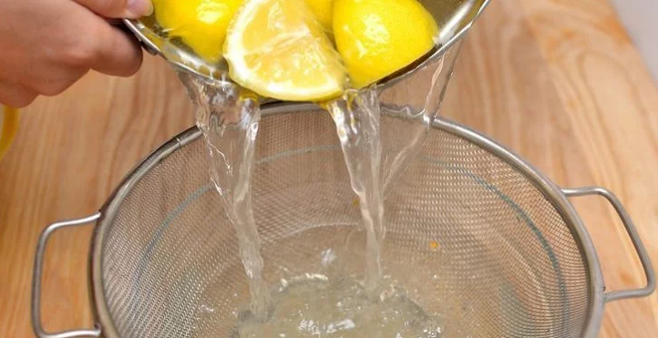 Drink Lemon Water Instead Of Taking Medicine