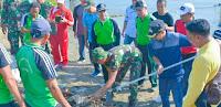 <b>Walikota Canangkan dan Sosialisasi Gerakan Bersih Pantai dan Kali Kota Bima</b>